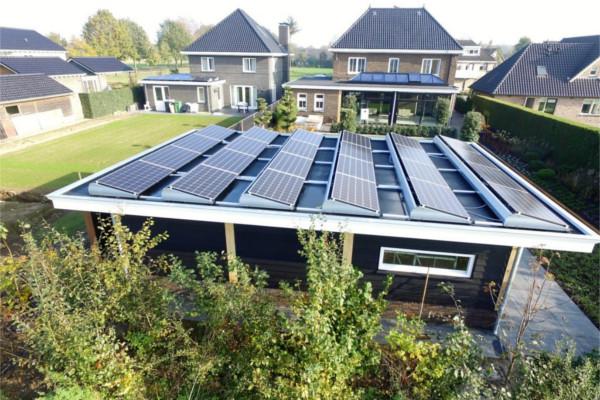 zonnepanelen-plat-dak